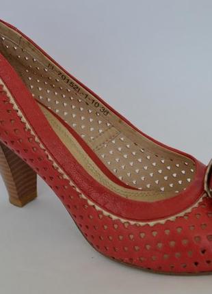 Летние женские туфли elche collection 36 р.