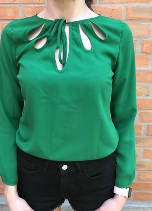 Блуза zara basic зеленого цвета