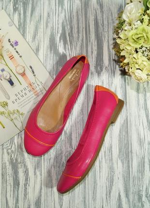 Clarks. фирменные туфли на низком ходу