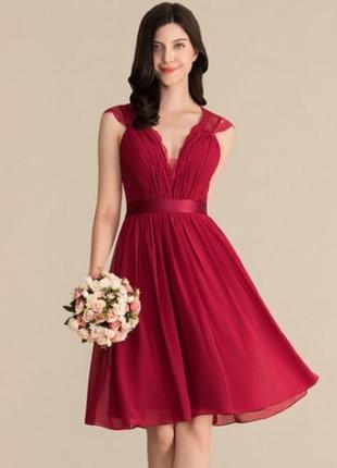 Шикарное платье для торжества, выпускного, свадьбы.