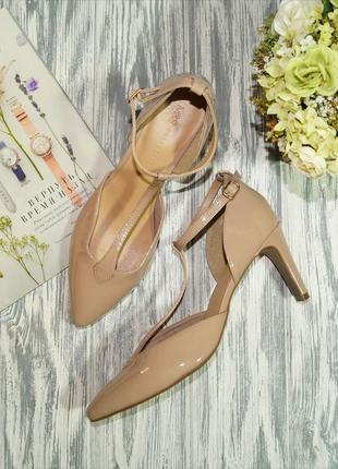 Marks&spencer. красивые туфли лодочки в нюдовом оттенке
