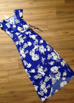 Модное платье на запах