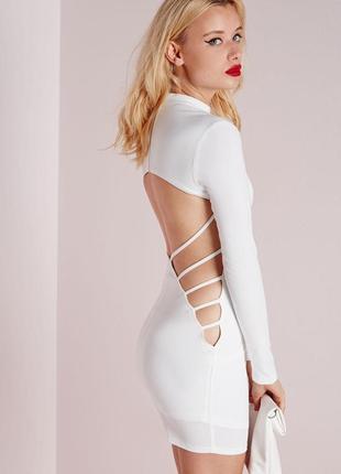 Роскошное платье с вырезом на спинке креповое белое missguided ms576