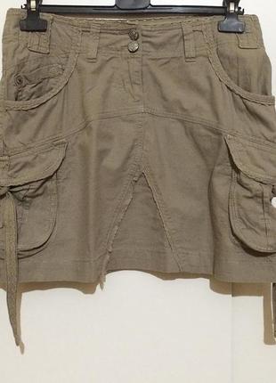 Брендовая мини юбка хаки