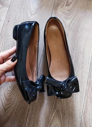 Очень мягкие кожаные балетки туфли с большим бантом