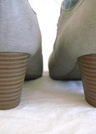 Очень красивые туфли ariane р.36 состояние новых.2 фото