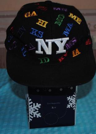 Классная джинсовая кепка