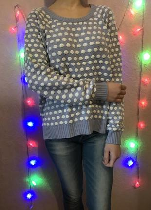 Интересный свитер оверсайз