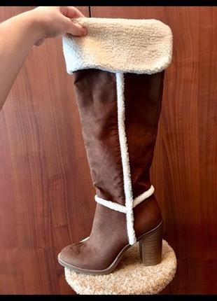 Коричневые замшевые высокие ботфорты сапоги на устойчивом каблуке