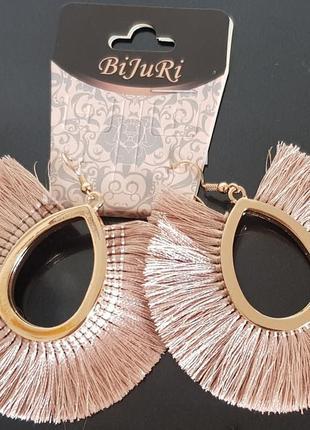 Круглые сережки с кисточками а стиле бохо