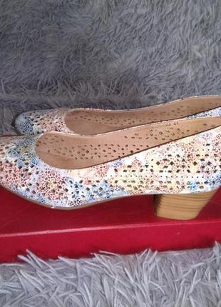 Летние туфельки из натуральной кожи