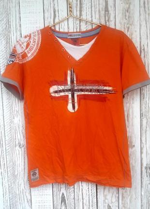 Шикарная футболка на лето от известного бренда