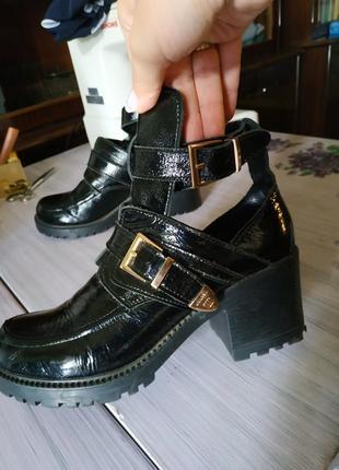 Ботинки под balenciaga 38размер натуральная кожа