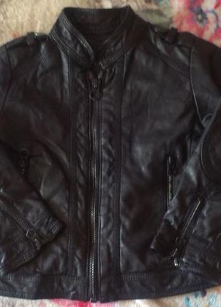 Стильная куртка ветровка  zara на мальчика  2-3 года р 98