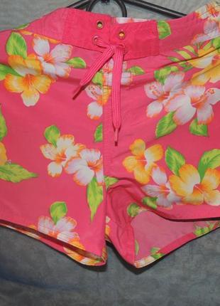 Спортивные шорты цветочный принт на 152