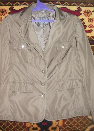 Ветровка ,куртка коричневая