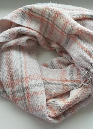 Нежный клетчатый шарф!