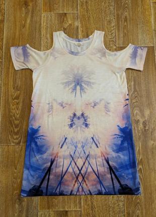 Яркое платье футболка