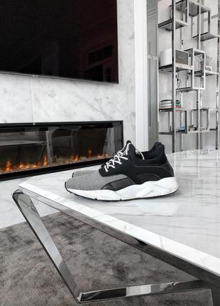 Очень удобные и качественные кроссовки