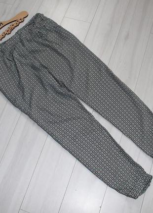 Легкие брюки h&m разм м