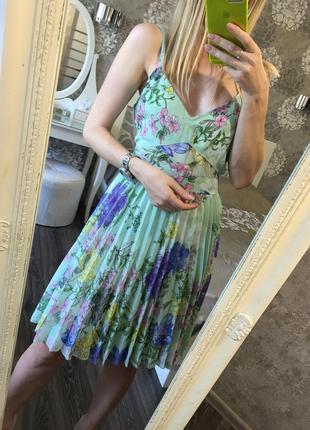 Платье плиссировка в цветы