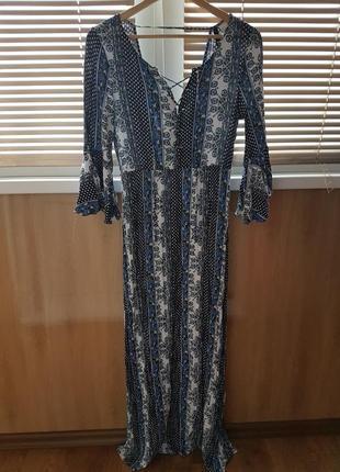 Платье в рубчик, со шнуровкой и открытой спинкой