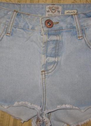 Шорты джинсовые.разм 36