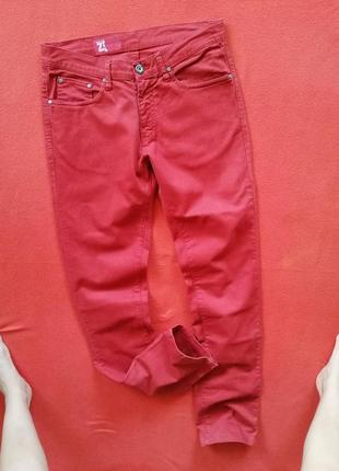 Стильные красные мужские джинсы zara 42 в прекрасном состоянии