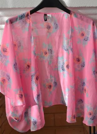 Розовая пляжная накидка  в цветы от h&m