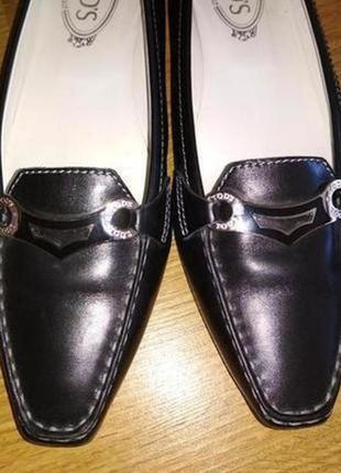Брендовые туфли из натуральной кожи на низком ходу,р.40, стелька 27 см оригинал!