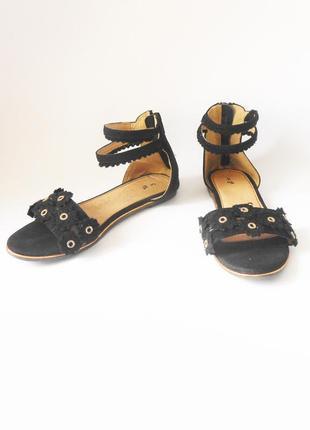 Фирменные сандалии / босоножки на низком ходу tu, р.35 код l3502