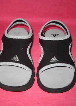Фирменные босоножки adidas (оригинал) - 23 размер