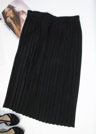 Прямая плиссированная юбка 18 размера