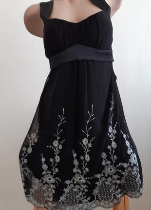 Шифоновое платьице с вышивкой, размер 12, mkone