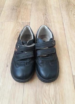 Дитячі туфлі-кросівки2 фото