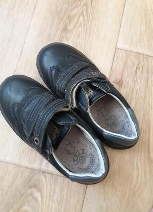 Дитячі туфлі-кросівки4 фото