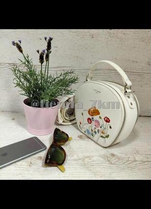 Стильный летний клатч с вышивкой от david jones cm5166 белый