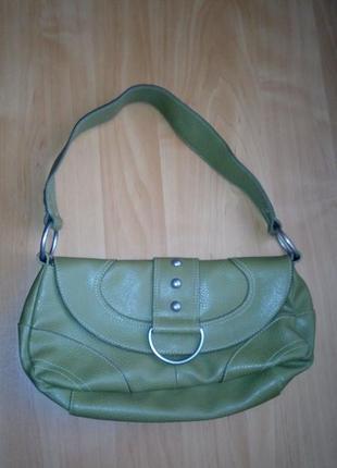 Маленькая сумка зелено-болотного цвета с короткой ручкой