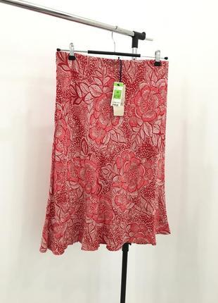 Новая юбка с бирками - с узорами рисунком