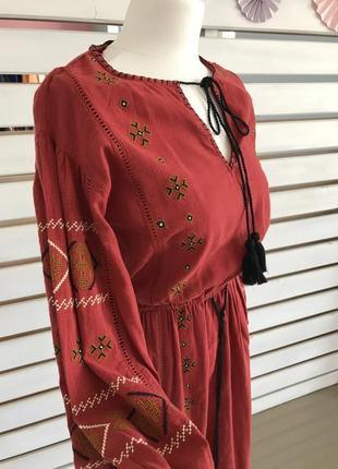 Платье вышивка красное zara2 фото