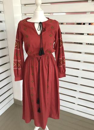 Платье вышивка красное zara1 фото