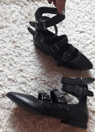 Туфли лодочки босоножки гладиаторы на ремешках