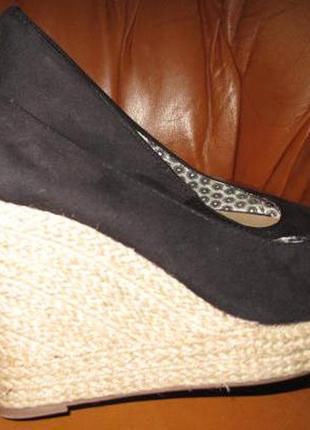 Чорні плетені туфлі atmosphere р39 еко замша