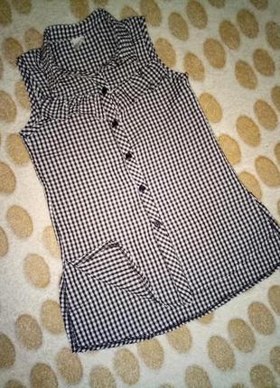 Рубашка tu, 4 года (104 см), будет дольше.