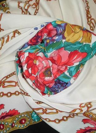 Большой цветастый платок подписной /шелк/87х81см