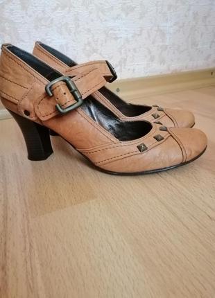 Туфли женские светло-коричневый