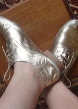 Туфли кожаные на шнурках золотистые massimo dutti