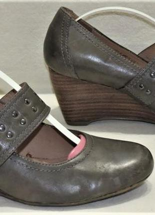 Туфли женские кожа janet d. размер 39 отличное состояние