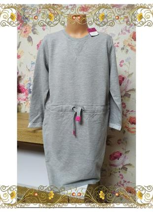 Стильное спортивное платье pepperts на девочку 10-12лет.