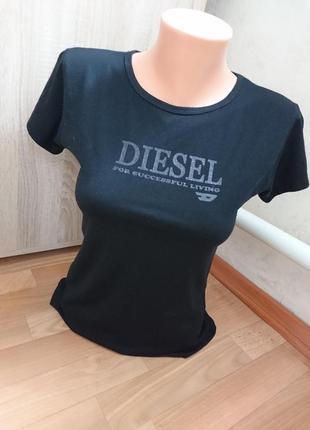 Черная женская футболочка дизель